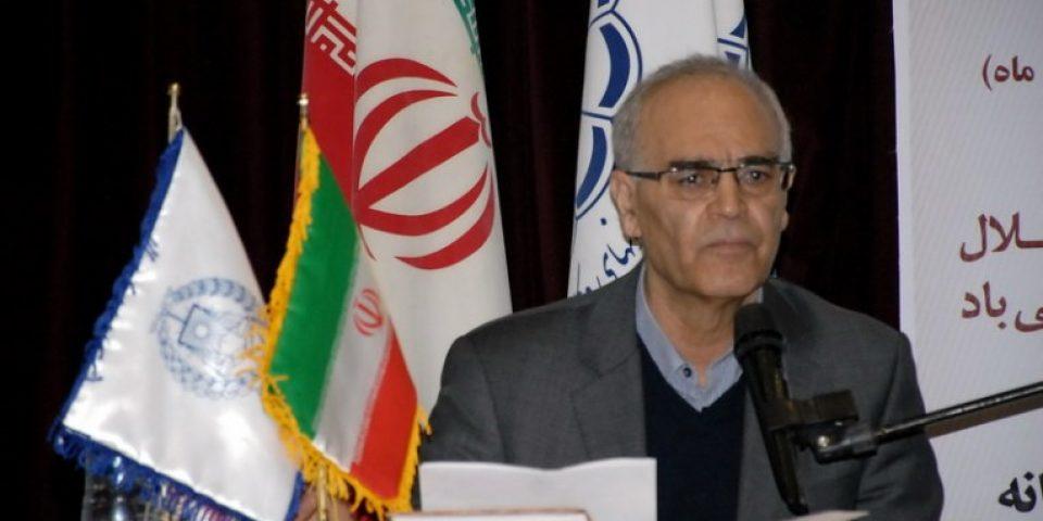رئیس کانون وکلای مرکز:وکیل زیر نظر قوه قضائیه استقلال ندارد
